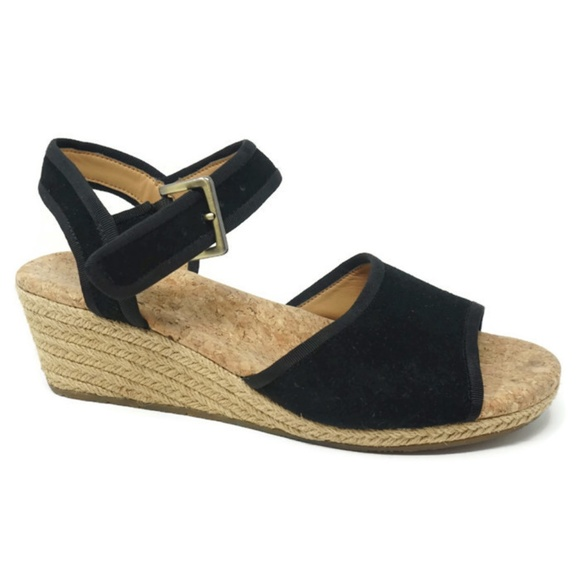 9853690a321 Ugg Womens Wedge Sandals Size 8.5 Dalessio Black